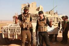 美军提供数千车军援,俄军袖手旁观,阿萨德还要打服叙