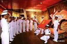 北部战区海军航空兵某场站组织官兵到驻地爱国主义